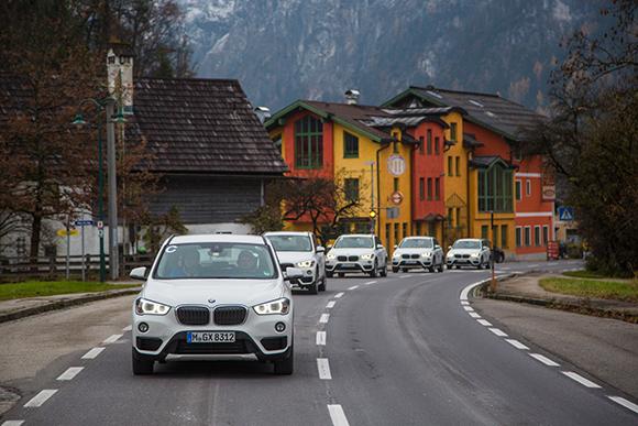 04. xDrive, 互联驾驶及丰富的驾驶辅助功能让全新BMW X1的旅途更加安心、舒适.jpg