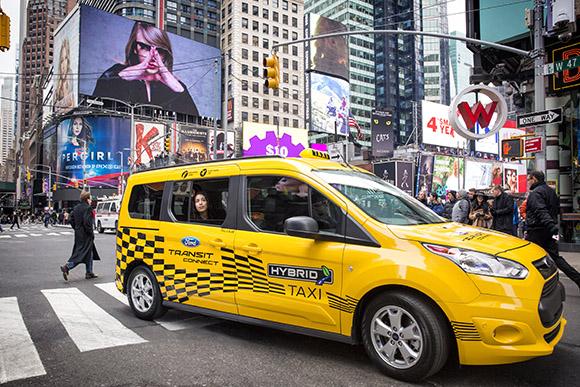 2017福特Transit Custom插电式混合动力出租车原型车1.jpg