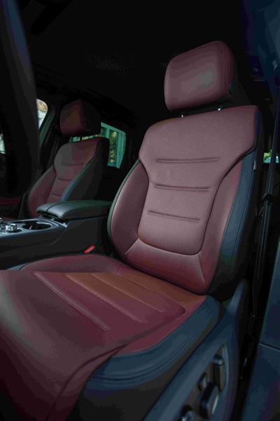 6.大众进口汽车途锐2017款14向调节电动座椅.jpg