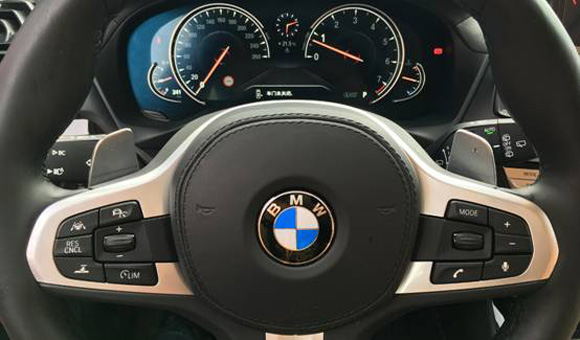 BMW3013.jpg