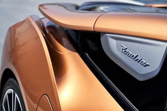 06.创新BMW i8敞篷跑车.jpg