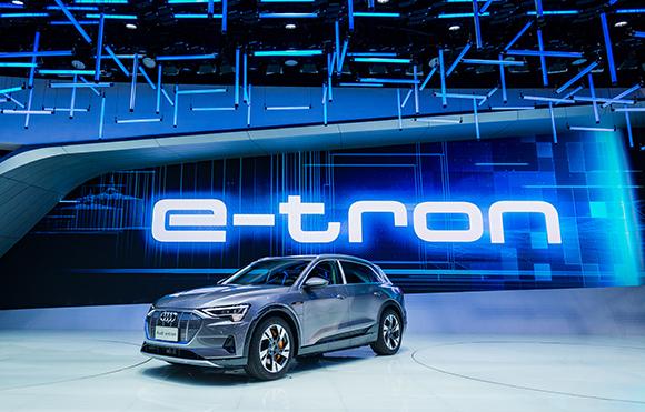 6.奥迪e-tron作为奥迪首款纯电动量产车型,并开启奥迪品牌电动时代.jpg