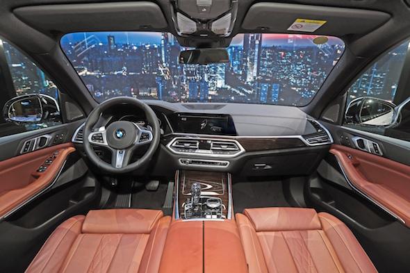 05.全新BMW X5 专属豪华内饰座舱.jpg