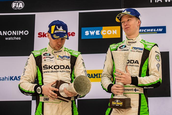 新闻图片2:Kalle Rovanperä和Jonne Halttunen(斯柯达晶锐R5)在目前WRC 2 Pro组排行榜上位列第二.jpg