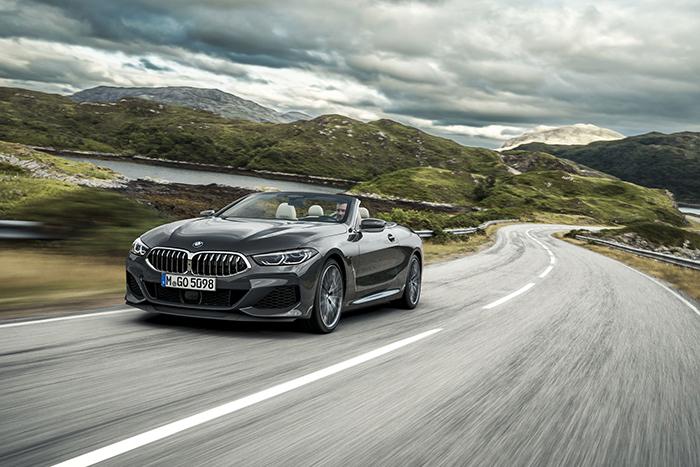 11.全新BMW 8系敞篷轿跑车.jpg