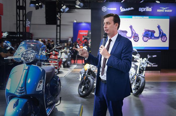比亚乔集团中国区总经理贵尔福先生介绍亮相车型.jpg