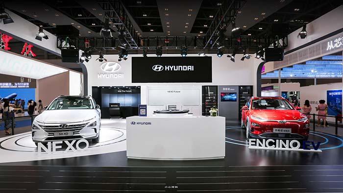 1.现代汽车2019中国国际智能产业博览会展台.jpg