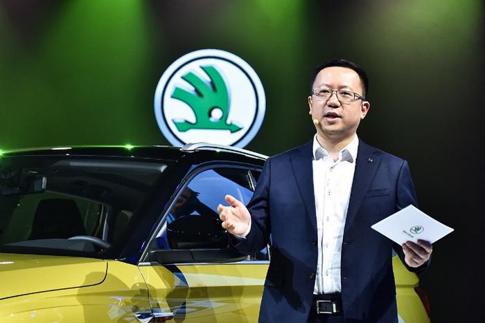 新聞圖片4;上汽斯柯達品牌營銷事業執行總監劉新宇表示,繼柯迪亞克GT之后,這是第二款斯柯達轎跑SUV。GT已不僅僅是一種車型代表,更是運動美學精神的象征.jpg