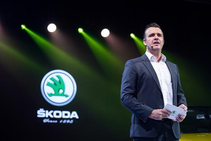 新聞圖片5:上汽大眾汽車有限公司斯柯達品牌營銷事業執行總監安瑞格(Christoph Aringer)表示,柯米克GT獨到的潮酷基因,讓它的每一處細節,都充滿了年輕的印記.jpg