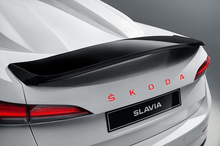 新聞圖片2:動感、奔放、感性——解讀斯柯達第七款學生概念車SLAVIA.jpg