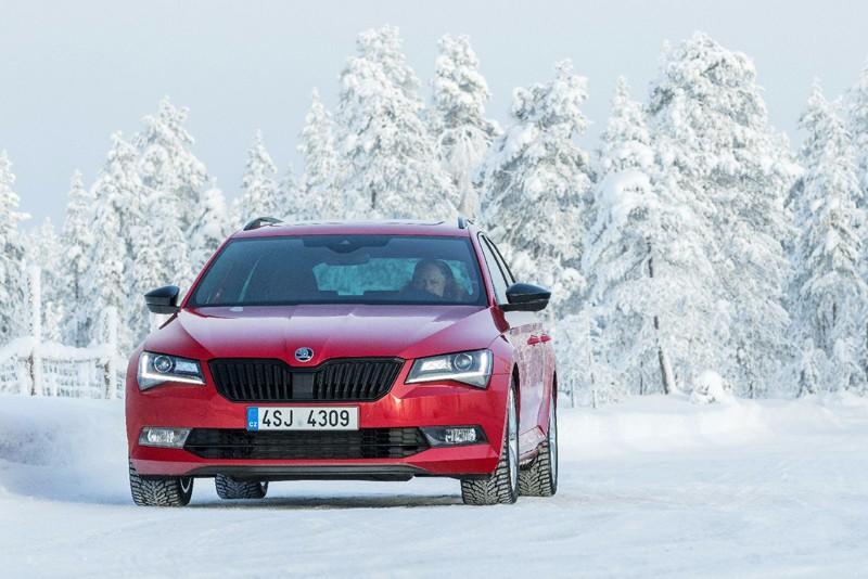 斯柯达芬兰冰雪试驾-速派旅行
